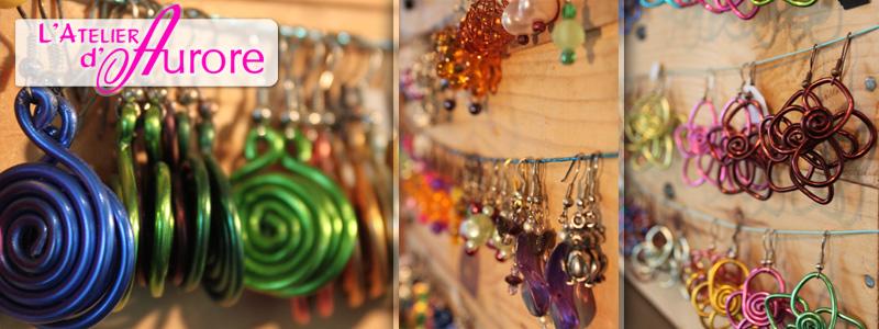 Des collections de boucles d'oreilles et de pendentifs variées et uniques
